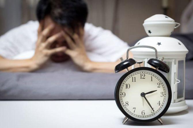 Нарушение сна у взрослых людей